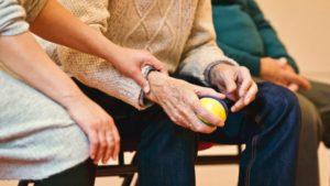 התפשטות נגיף הקורונה והשפעתה על מטפלים סיעודיים