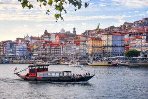 קשיים בדרך לדרכון הפורטוגלי – זכאים יידרשו להוכיח קשר מעשי לפורטוגל